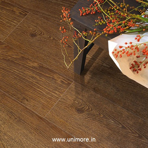 laminated flooring delhi